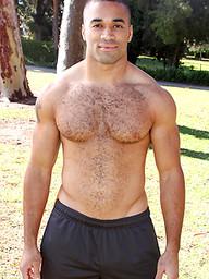 Black muscular guy jacking off